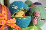 FREE Wet Felting Tutorial: Wet Felt Easter Eggs DOWNLOAD
