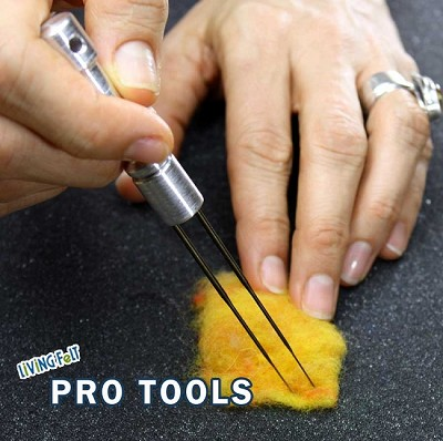 Needle Felting Tool - METAL Up to 2 Felting Needles