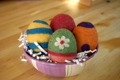 FREE Needle Felting Tutorial: Needle Felt Easter Eggs PDF